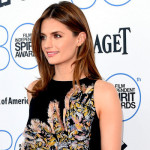Stana Katic asiste a los Film Independent Spirit Awards