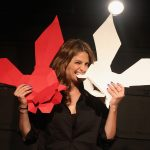 Stana Katic actúa en Broadway para White Rabbit Red Rabbit